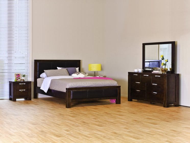 Haliton 5 Piece Super King Bedroom Suite
